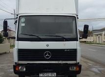 Mercedes 814 D