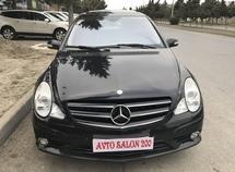 Mercedes R 320