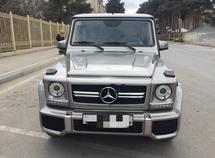 Mercedes G 400