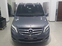 Mercedes V 220