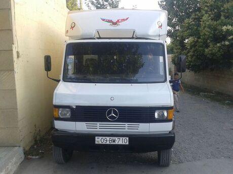 Mercedes 811 D