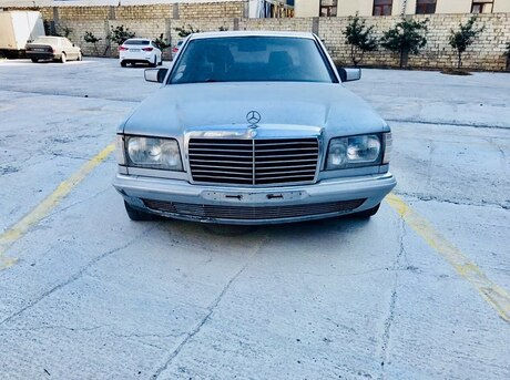 Mercedes 280 SEL
