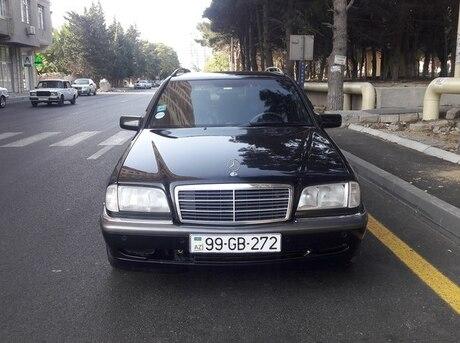 Mercedes C 200