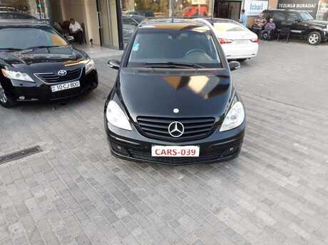 Mercedes B 200