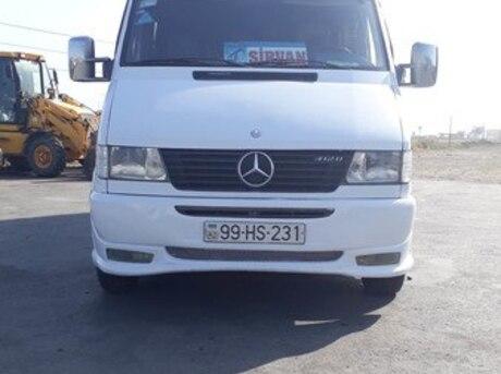 Mercedes Sprinter 412