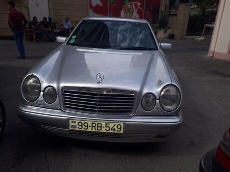 Mercedes E 280