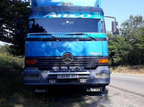 Mercedes Atego 1323