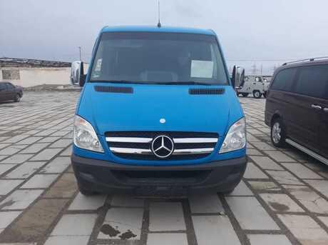 Mercedes Sprinter 211