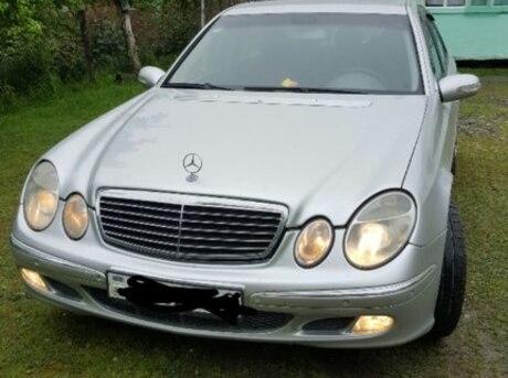 Mercedes E 270