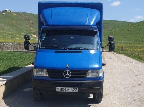 Mercedes Sprinter 210