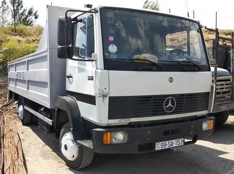 Mercedes Atego 811