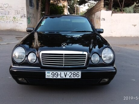 Mercedes E 290