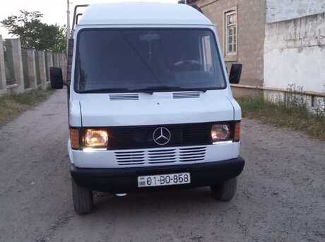 Mercedes 207 D