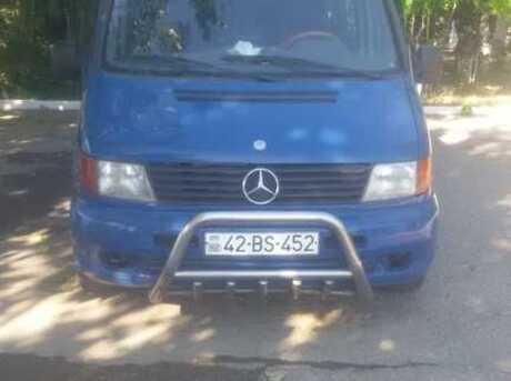 Mercedes Vito 112