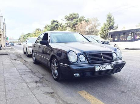 Mercedes E 420