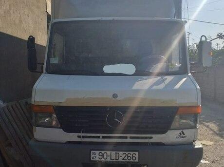 Mercedes 612 D