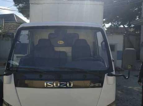 Isuzu NHR 55 E
