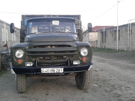 ZIL 130