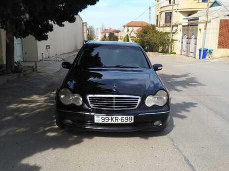 Mercedes C 320