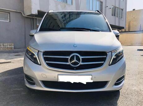 Mercedes V 250