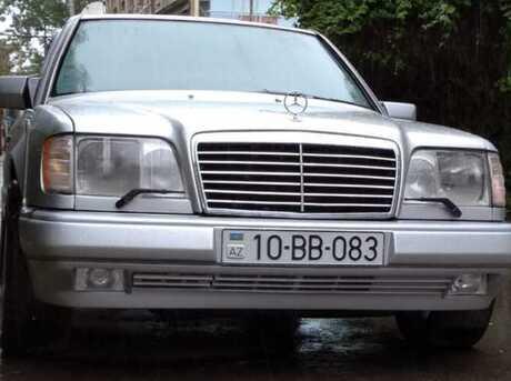 Mercedes E 220