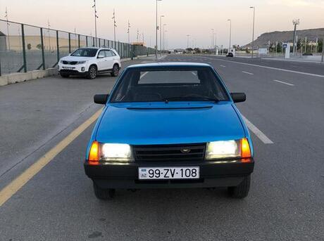 LADA (VAZ) 2108