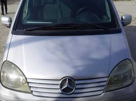Mercedes Vaneo