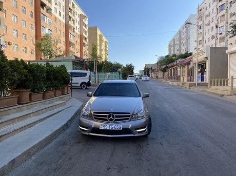 Mercedes C 250