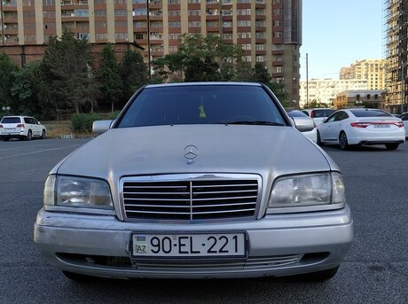 Mercedes C 220