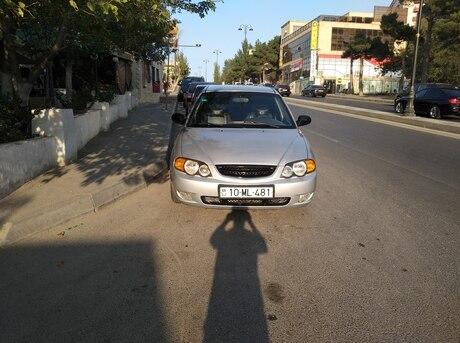 Kia Shuma