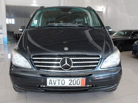 Mercedes Viano 2008