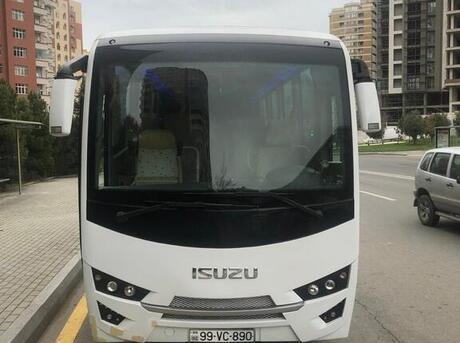 Isuzu Novo Lux