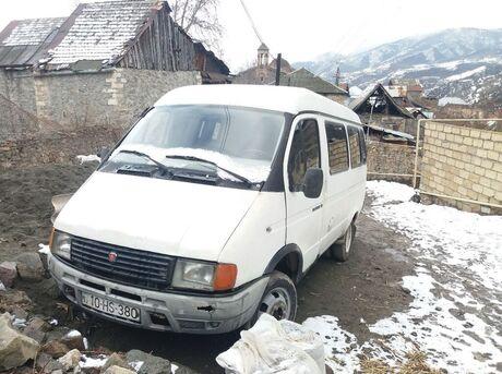 GAZ 32212