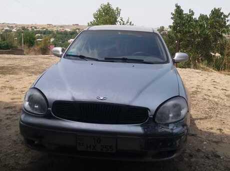Daewoo Leganza 2001