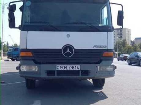 Mercedes Atego 818 2004