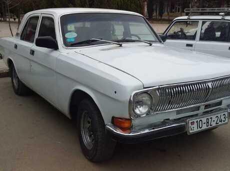 GAZ 24-10 1983