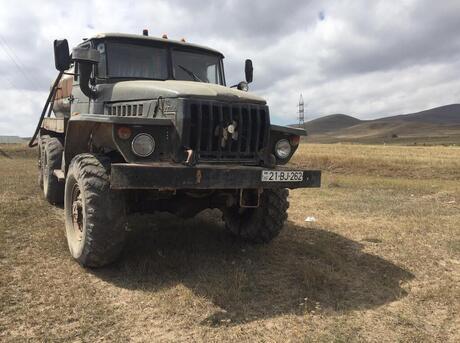 Ural 4320 1990
