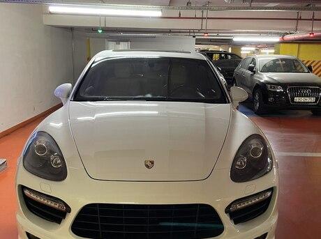 Porsche Cayenne GTS 2013