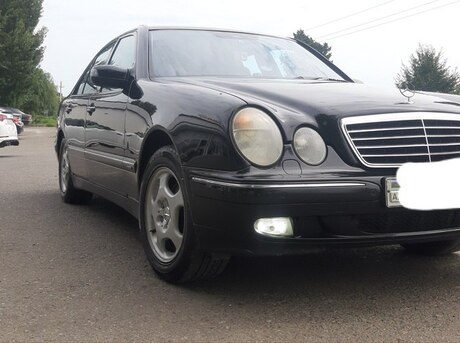 Mercedes E 270 2001