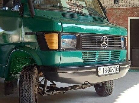 Mercedes 208 D 1993