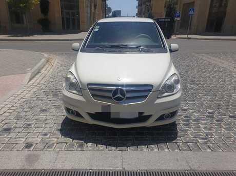 Mercedes B 180 2010