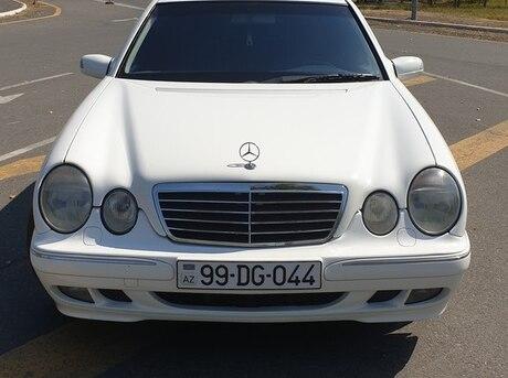 Mercedes E 240 2001
