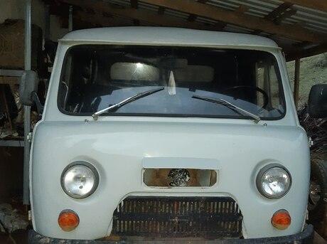 UAZ 3303 1989