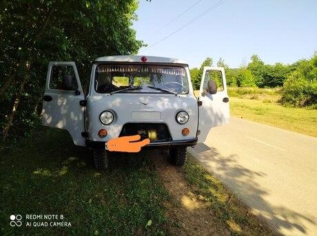 UAZ 3303 1982