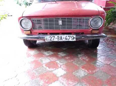 LADA (VAZ) 2111 1981