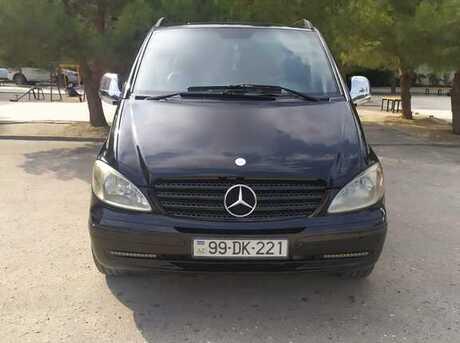 Mercedes Viano 2005